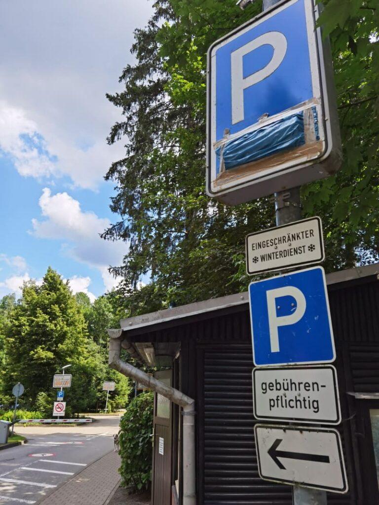 Hier kannst du am nächesten an der Bastei parken - der offizielle Basteibrücke Parkplatz