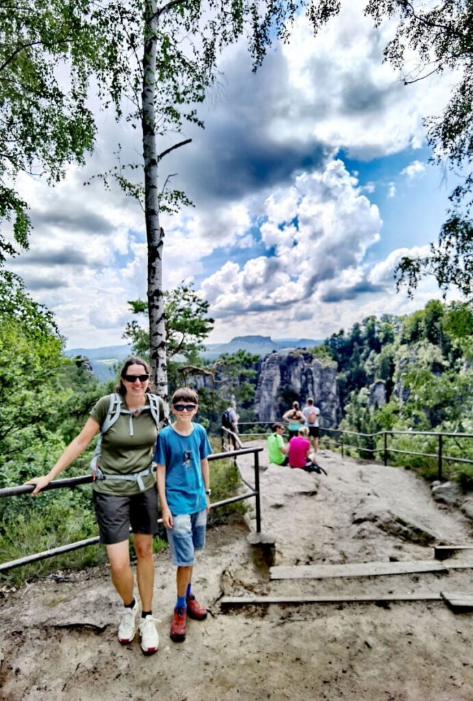 In die Schwedenlöcher wandern - zuvor Fotostopp bei der Pavillonaussicht
